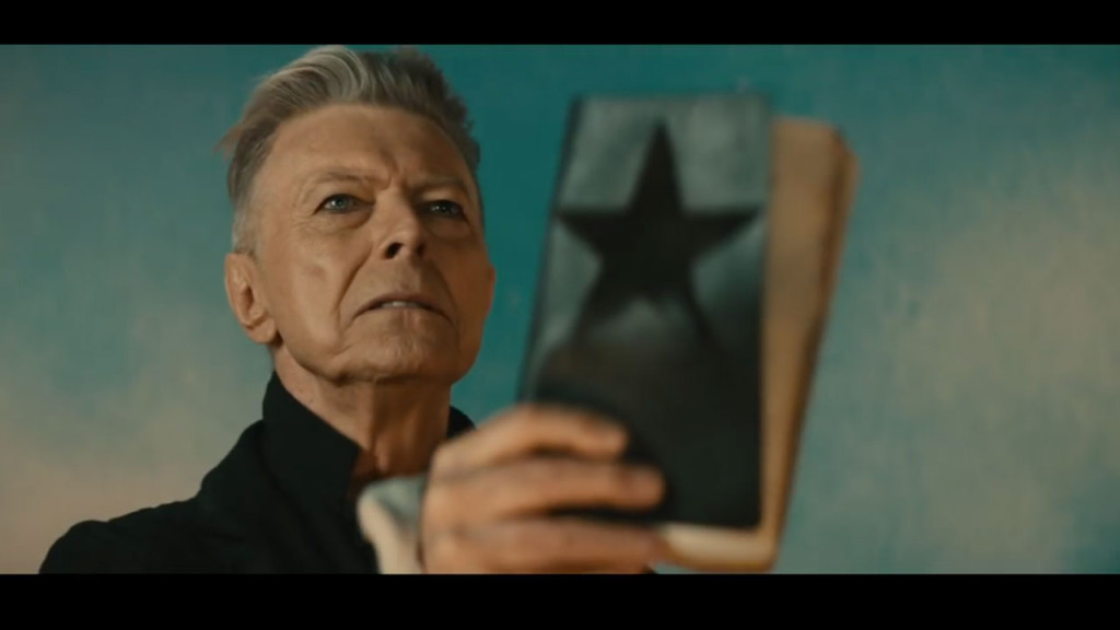Final Bowie Album Sells Out On Vinyl As Grieving