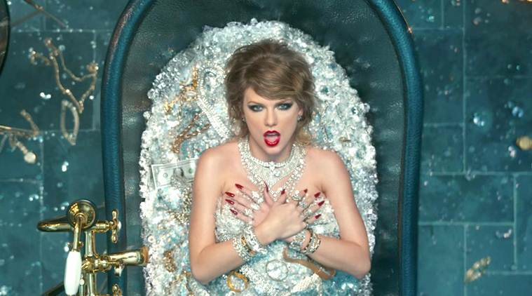 Taylor Swift – Look What You Made Me Do screen grab