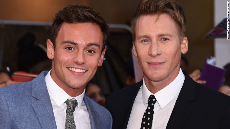 151002104352-tom-daley-dustin-lance-black-file-exlarge-169