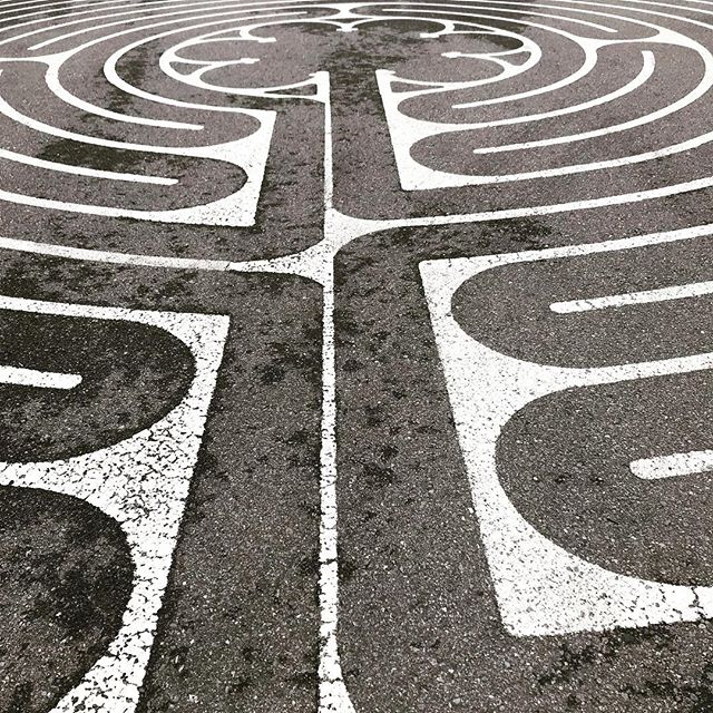 find-the-way-to-yourself.-labyrinth