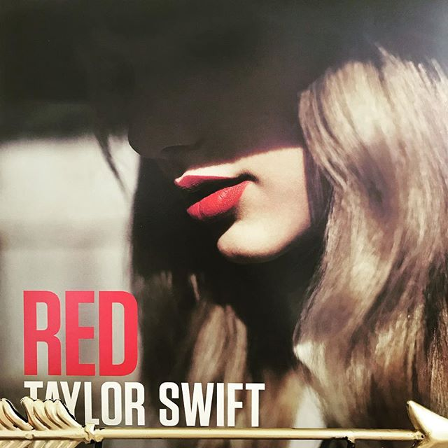 "now-playing-""red""-by-taylor-swift-2012.-the-actual-winner-of-the-2014-grammy-for-album-of-the-ye"